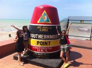 Key West 這個美國最南點離古巴僅僅90哩,跟這個Southernmost Point地標拍照是遊人的指定動作。